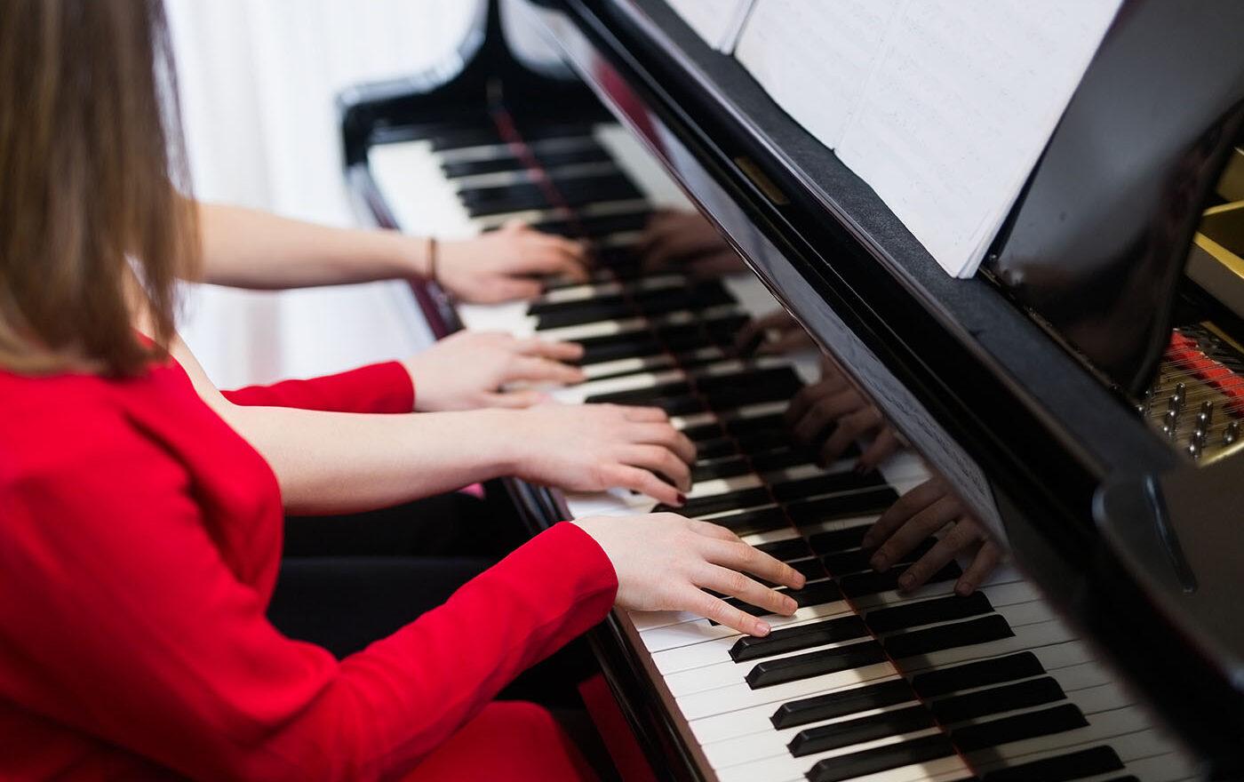 Marie Michaela - Výuka/doučování na klavír a klávesy Hradec Králové